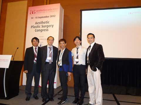 親交のあるアジアの先生方と記念撮影